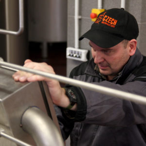 muflon masterbrewer checking beer process